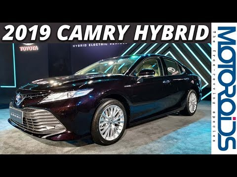 New 2018 Toyota Camry Walkaround Review and First Impressions | A Level Up | Motoroids