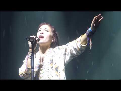 """Rescue""...Lauren Daigle LIVE...Houston, TX...10/27/18"