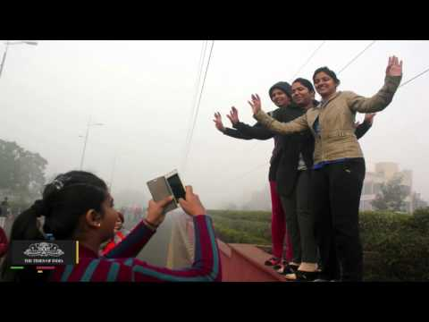 Delhi Wakes Up To Dense Fog, Flights, Trains Delayed