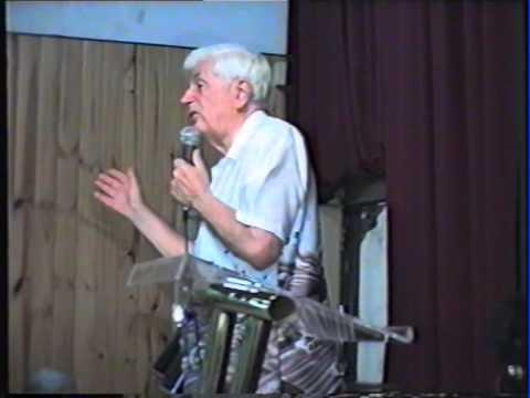 Pastor Miller en el aniversasio de Iglesia Salguero