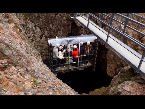 Into the Volcano: Exploring the magma chamber of Iceland's Thrihnukagigur