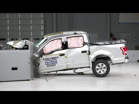 2015 Ford F-150 crew cab driver-side small overlap test