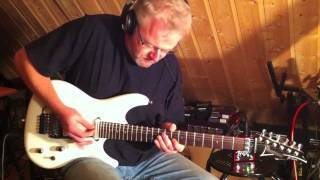 Soloing with the Ibanez JS 2400 using the Tonebone London Disto...