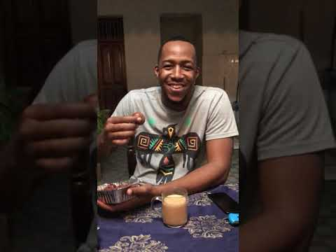 Idris Sultan's reaction on the Greek donuts Made by Me !