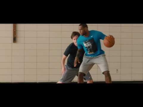 Trainwreck - Basketball Scene
