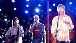 Nitty Gritty Dirt Band - Bless The Broken Road