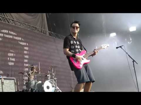 blink-182 - Man Overboard - live at Pukkelpop 2010