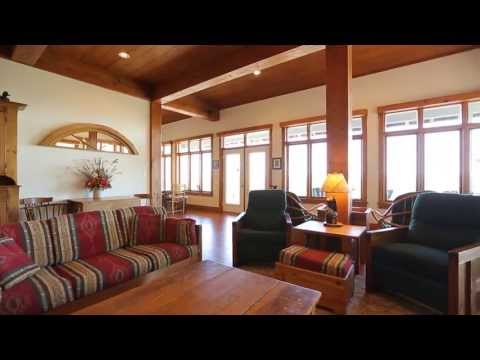 Stunning Waterfront Cottage For Sale On Geogian Bay, Ontario Canada