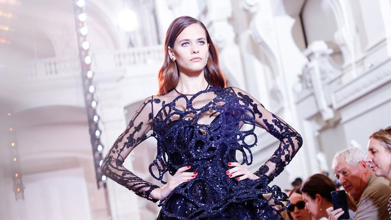 Giles Couture Fall 2019 Collection Channels Lady Ottoline Morrell advise