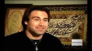 Шон  Стоун принял ислам.