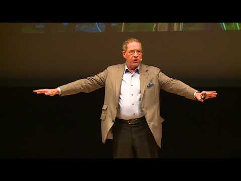 Finding the Future First | Larry Keeley | SingularityU Japan Summit
