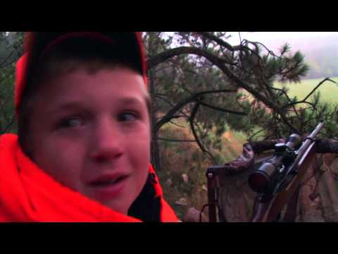 10 Year Old Boy Shoots First Deer With Dad