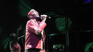 Jimmy Cliff - Many Rivers To Cross (live) - WOMAD 2012