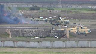 أخبار عربية - #الأسد ينقل المقاتلين الروس والإيرانيين من مطار #حماة العسكري لمحطة القطار بالمدينة
