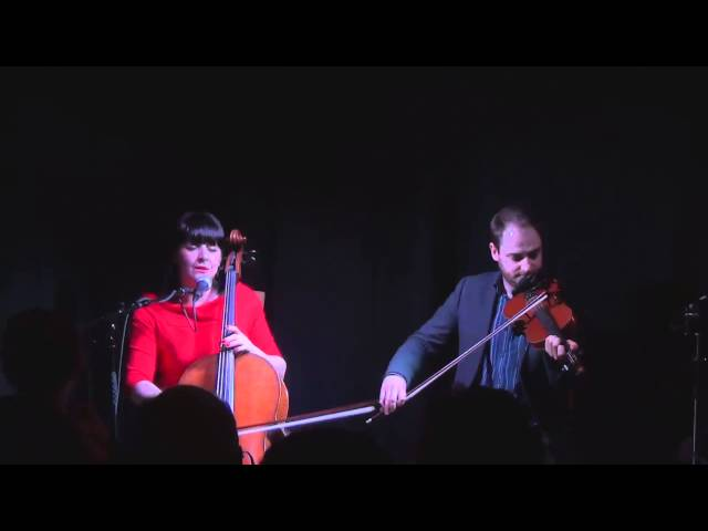 Fiona Hunter & Mike Vass - The Cruel Mother