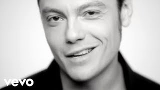 Watch Tiziano Ferro La Differenza Tra Me E Te video