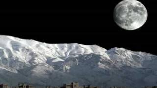 月の繭と月(Moon and Moon)