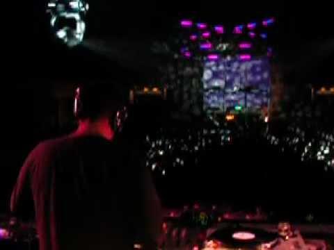 Xpress 2 playing @ Electroglide Tokyo 2002.