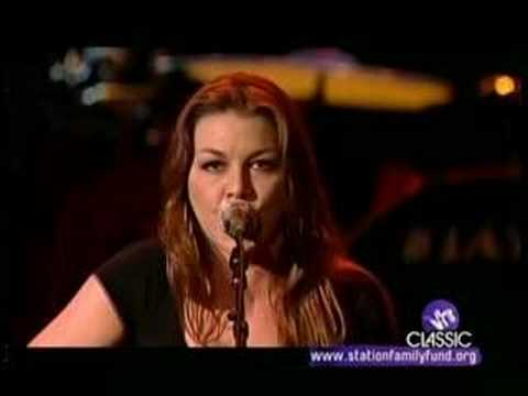 GRETCHEN WILSON Heart's 'Straight On' LIVE w/JOHN RICH