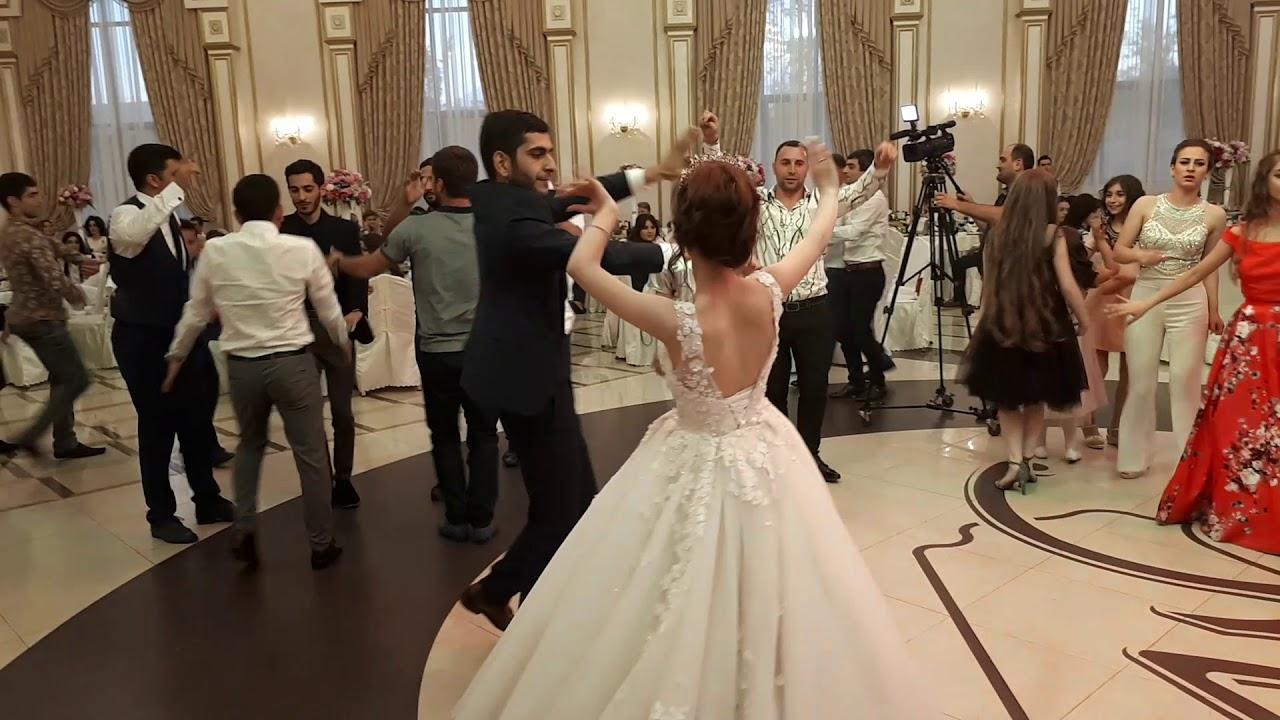 косы, армянская свадьба поздравление от ковры открыл собственном