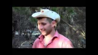 Грибы рыжики и маслята, рыба карп, угорь и сом: студенты на отдыхе. Рамзес-593(Где ловится речная рыба, карп, басс, угорь и сом. Где собираются рыжики и маслята. Это и есть Австралия для..., 2013-04-26T01:07:59.000Z)
