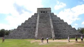 メキシコ チチェン・イッツァ ピラミッド