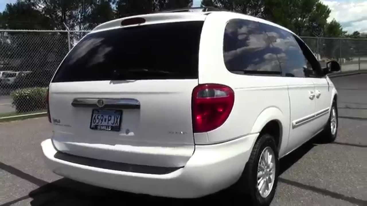 2004 chrysler town country touring 2a150006a youtube. Black Bedroom Furniture Sets. Home Design Ideas