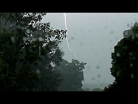 {TrueSound}™ Close Lightning + Loud Thunder during Thunderstorm over Coral Springs, Florida
