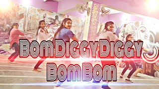 Boom diggy diggy Boom Boom dance video/// choreography by (Manu Sharma) Kalyani Dance Academy