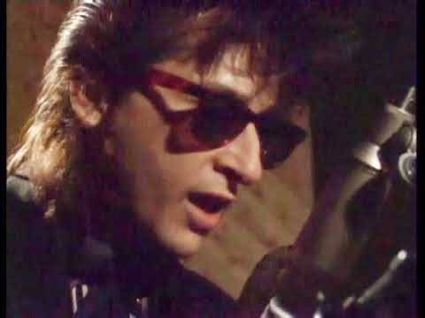 Johnny Thunders 'Like a Rolling Stone' solo live in the studio
