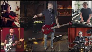 Peter Hook & The Light perform 'Dead Souls' - November 2020.