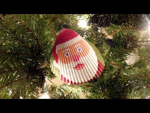 Creating A Christmas Ornament - Painting Santa On A Seashell