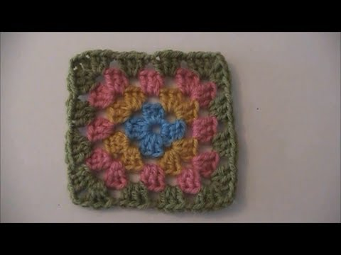 How to Crochet a Traditional Granny Square