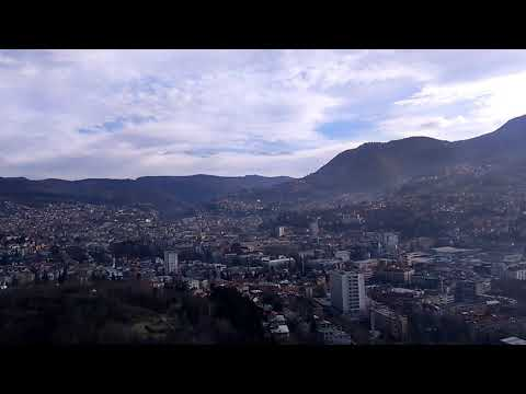 Pogled na Sarajevo sa Avaz Twist Tower