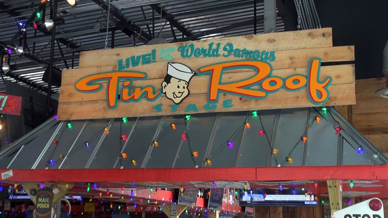 Tin Roof A Live Music Joint I Drive In Front Of