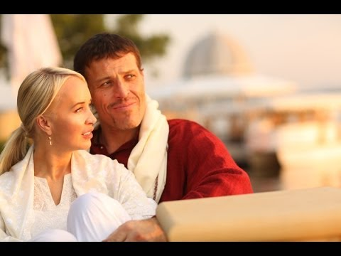 Tony's Message for the Guys ( But Ladies, You'll Appreciate This!) | Tony Robbins
