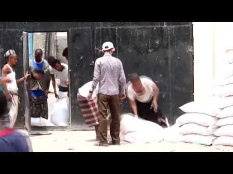 World Food Programme begins distributions in war-torn districts of Aden, Yemen