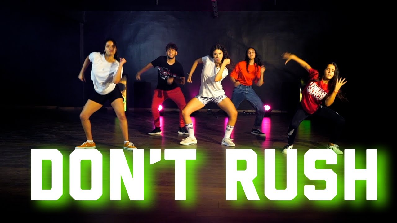 Young T & Bugsey ft  Headie One  -  Don't Rush SENIOR