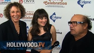 Ray Romano, Danny Devito and more on the red carpet - Hollywood TV