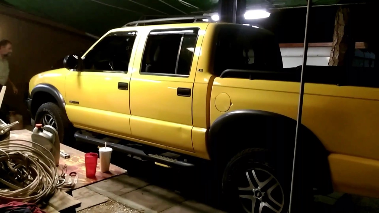 New Truck Lift 2003 Chevy S10 Zr5 Youtube