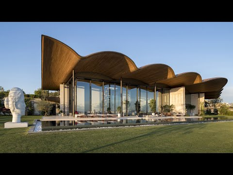 Foster + Partners shelters Dolunay Villa in Turkey under giant undulating roof
