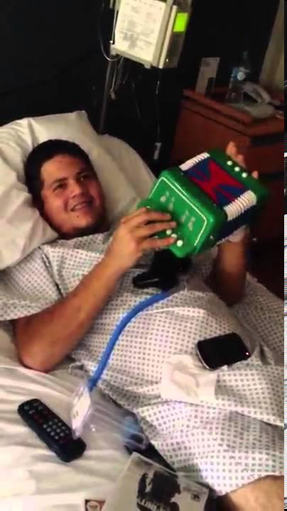 Remmy Valenzuela Hospital Quot Te Olvidare Quot Mini Cochi Youtube