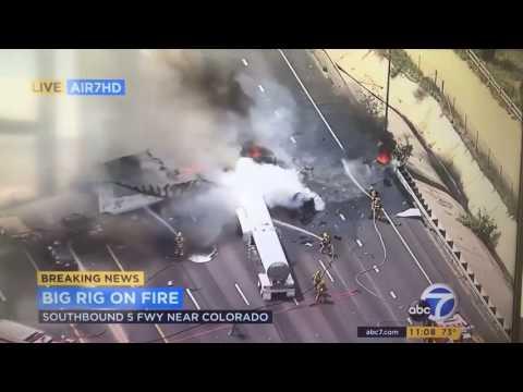 LA News Accidentally shows burned body on Live TV