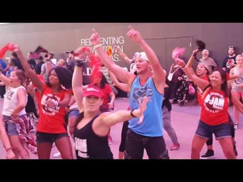 U Jam Flash Mob at Fremont 7-22-17