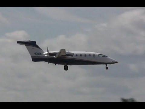 Piaggio P.180 Avanti Landing & Takeoff