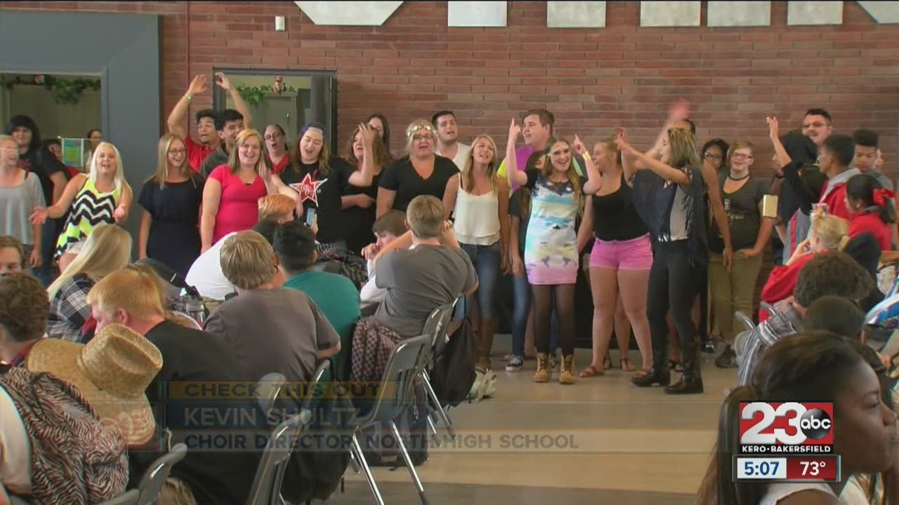 North High School Students Hold Flash Mob To Advertise Pop Concert