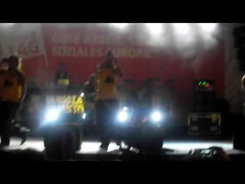 Dubioza Kolektiv - Justice [LIVE Munich Marienplatz]