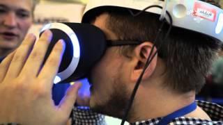 Шлем виртуальной реальности от Sony для PS4: первый взгляд(Подробности на: http://tech.onliner.by/2015/10/02/video-ogromir2015-2/ Подписывайтесь на уютный паблик в ВК: http://vk.com/onliner Использован..., 2015-10-02T10:06:05.000Z)
