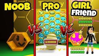 NOOB vs PRO vs GIRLFRIEND (Roblox Bee Swarm Simulator Version)