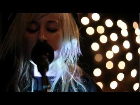 Zola Jesus - Night (Live on KEXP)